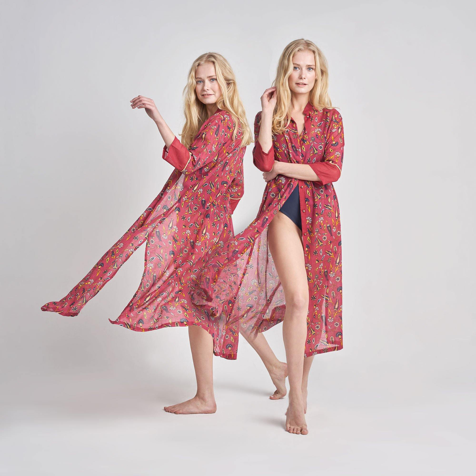 KAFTAN TULIPA IN CARMINE RED