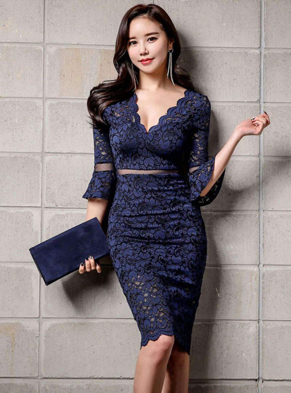 Deep V-neck Lace-paneled Flare Sleeves Bodycon Dress