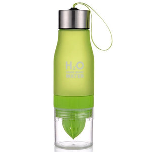 Plastic Water Fruit Infusion Bottle 650ml.  You Have to Have One!  So Cool!