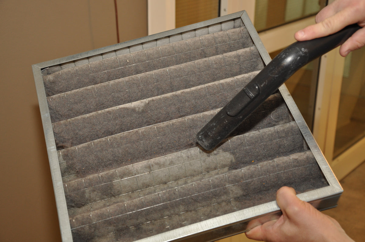 8 Signs That You Need a New Furnace Filter