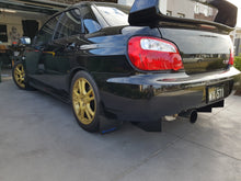 Load image into Gallery viewer, Subaru Impreza 01-07 Rear Diffuser