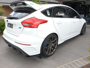 Ford Focus RS Rear Pods