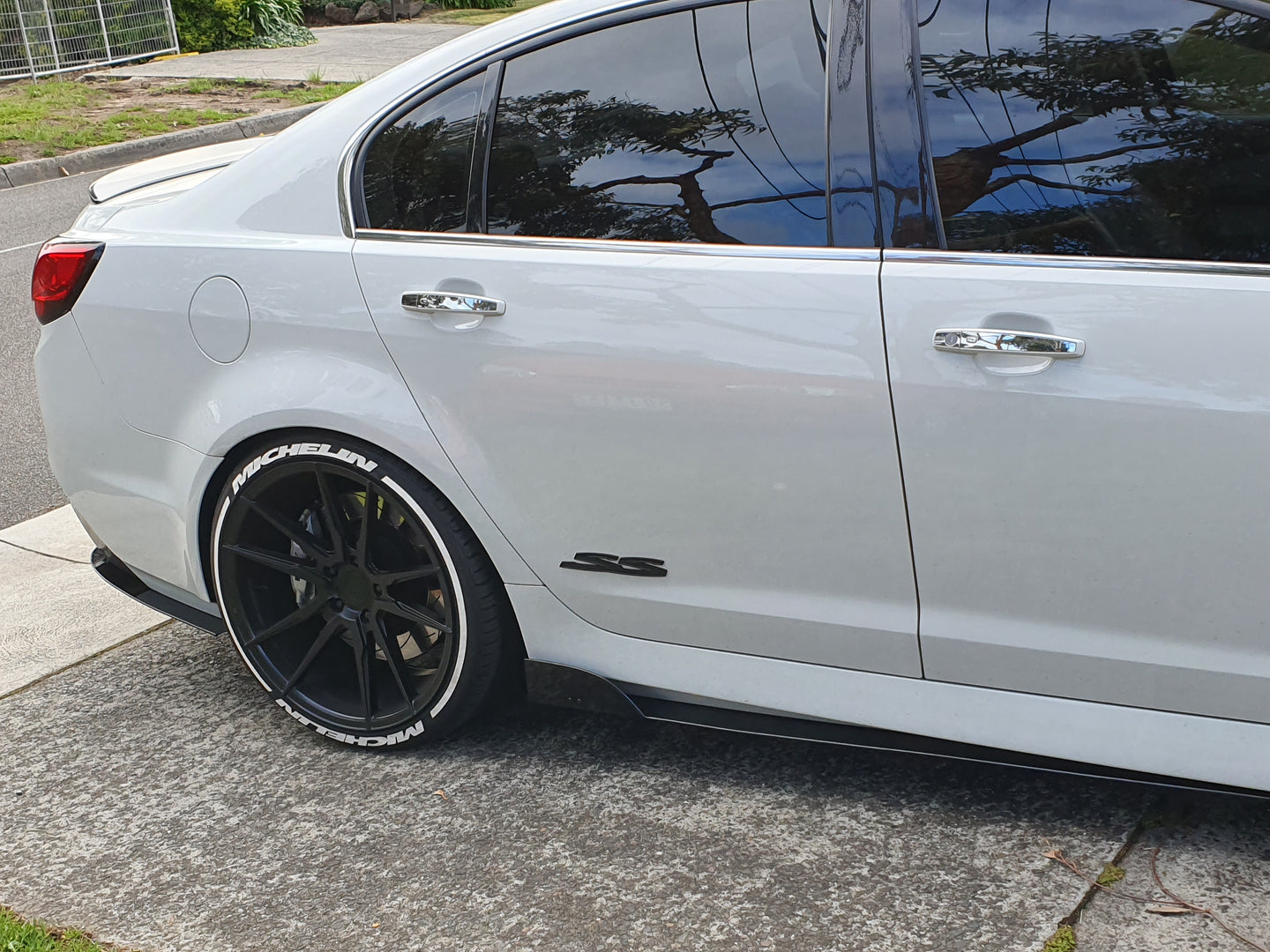 Holden Commodore VF Side Skirt Extensions