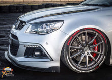 Load image into Gallery viewer, HSV VF Clubsport & Maloo Front Splitter