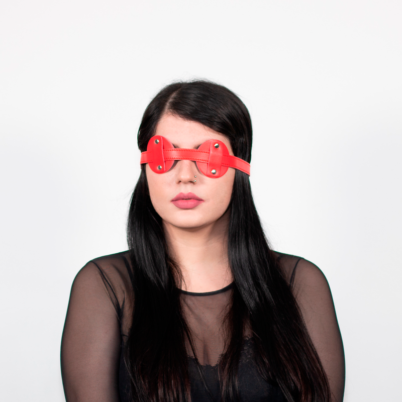 BLINDFOLD RED