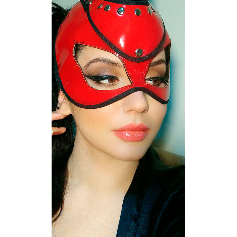 BAD BUNNY MASK RED
