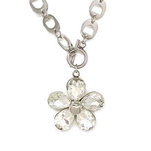 Load image into Gallery viewer, Stone Flower Necklace