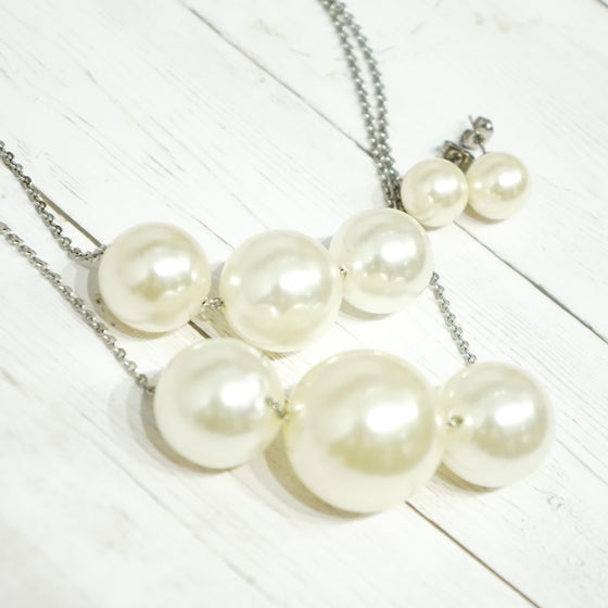 Two Strand Pearls Set