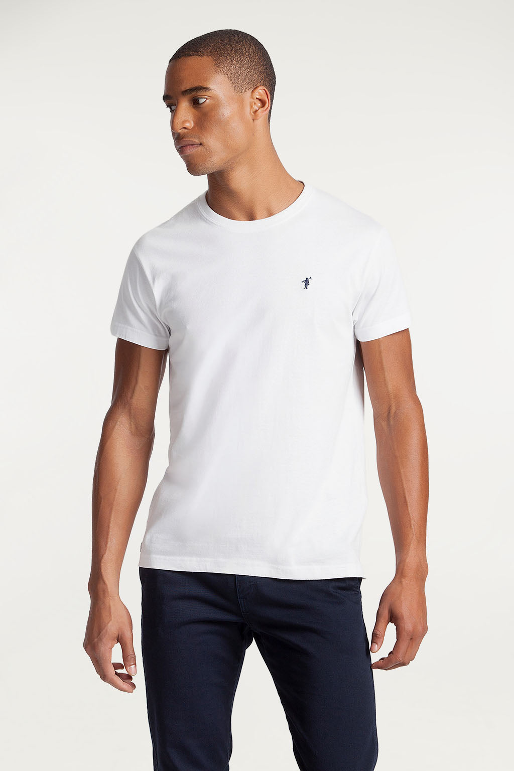 White cotton tee with embroidered logo