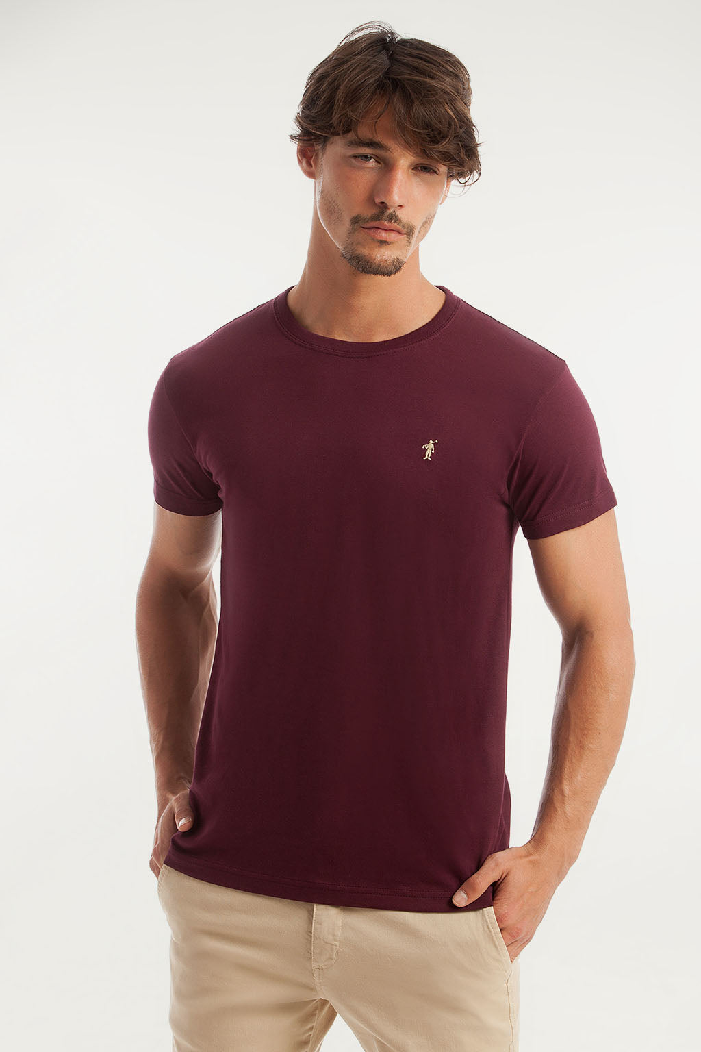 Burgundy cotton tee with embroidered logo