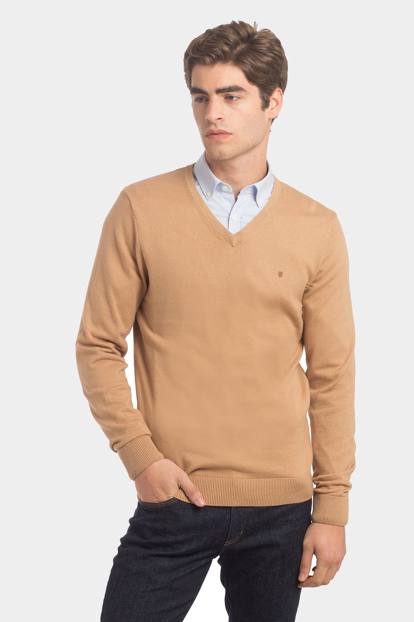 Camel cashmere Pullover with v-neck