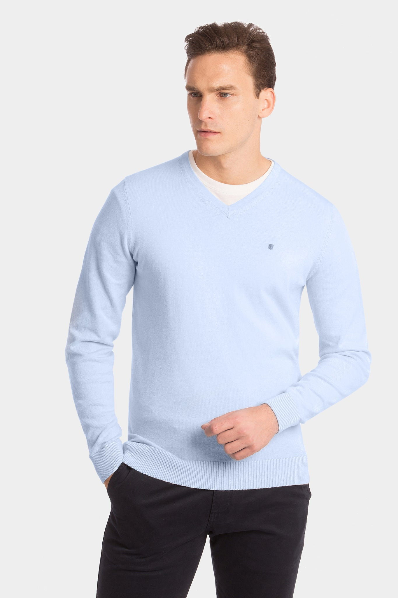 Sky blue V-neck cashmere jumper