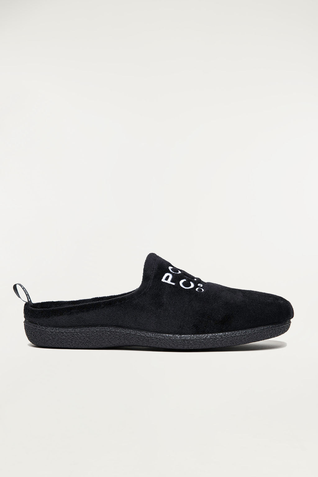 Black sleepers with medium-size embroidery