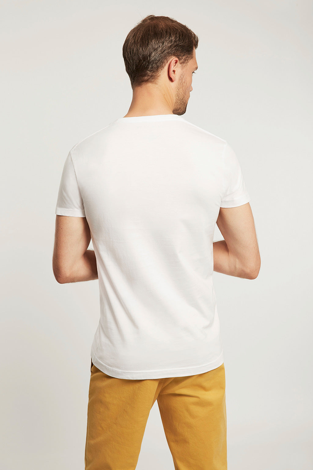 White T-shirt with multicoloured embroidery