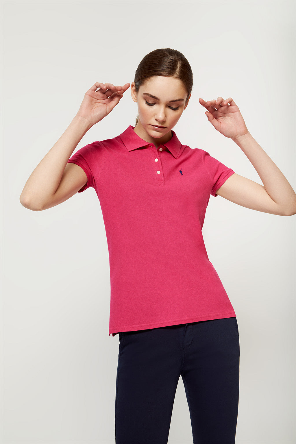 Fuchsia polo shirt with embroidered logo