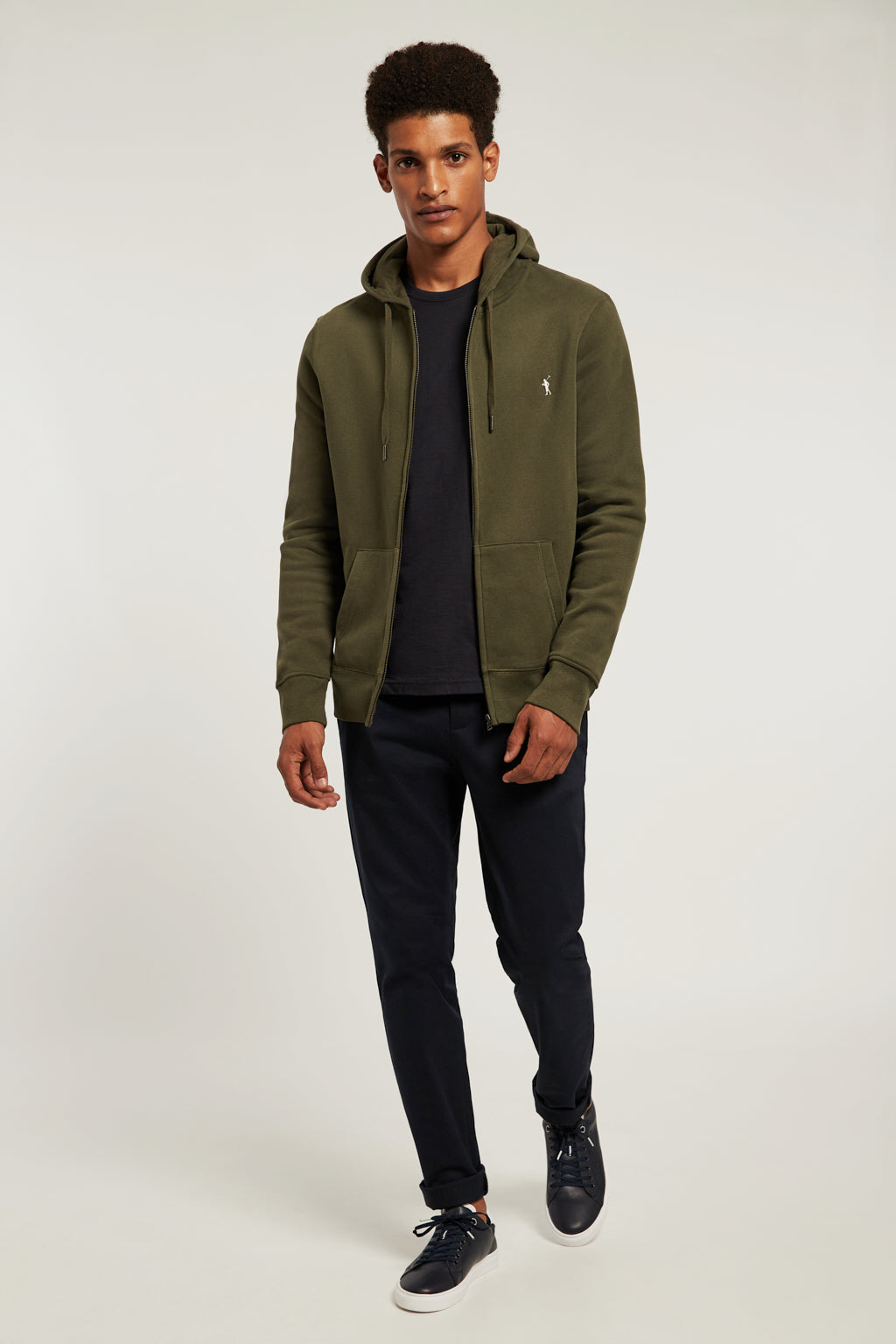 Khaki sweatshirt with zip closure and kangaroo pocket