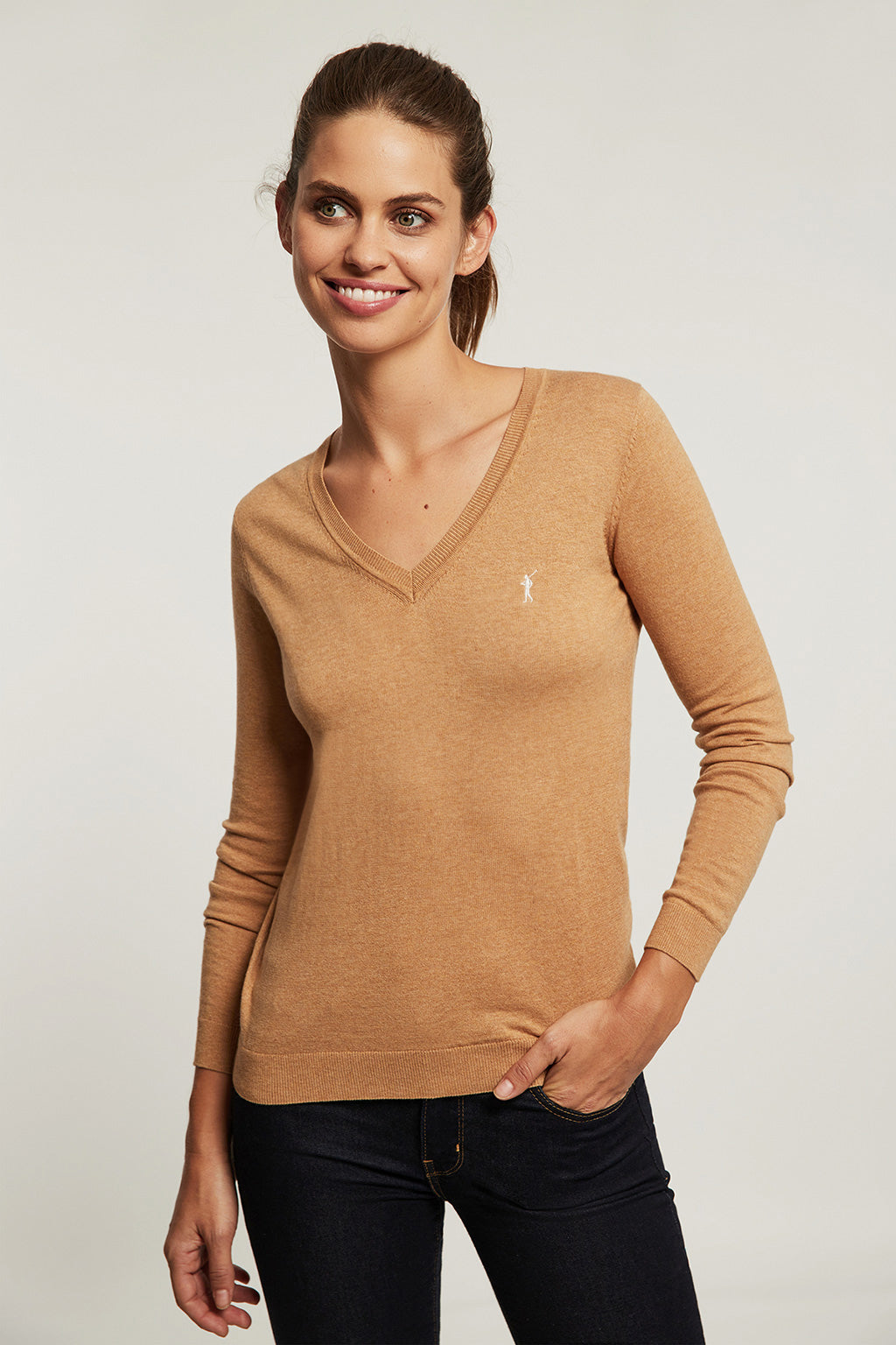 Caramel V-neck light jumper