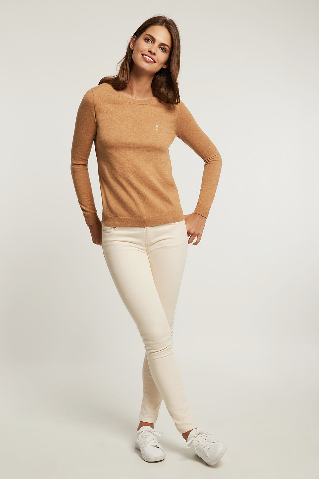 Caramel round neck light jumper