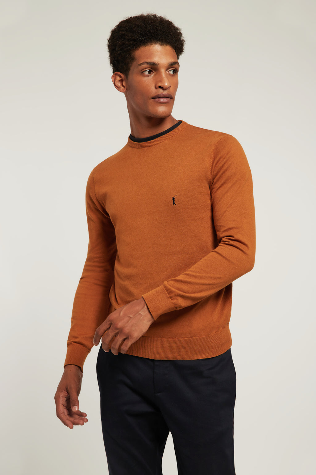 Caramel round neck jumper with embroidered logo