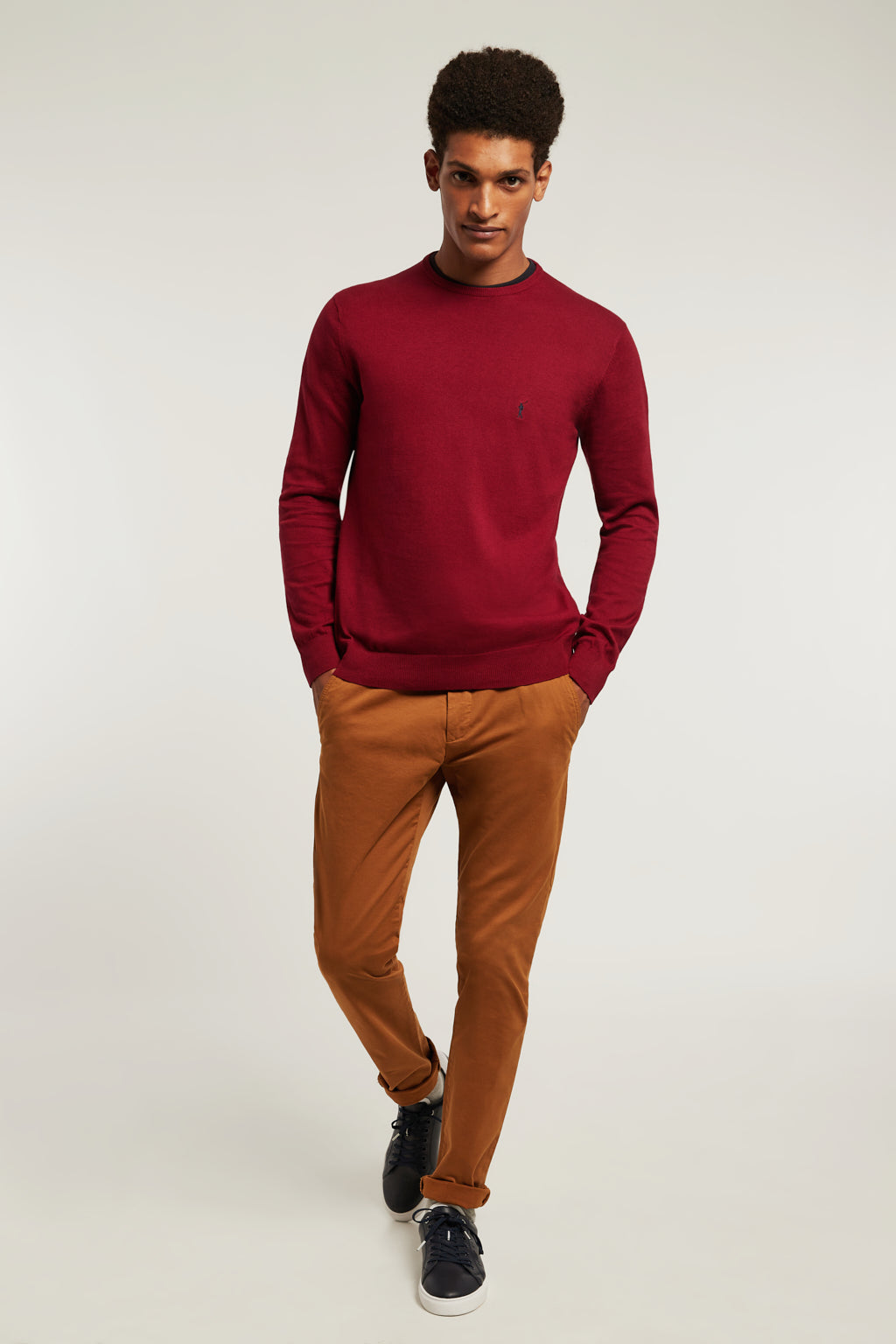 Maroon round neck jumper with embroidered logo