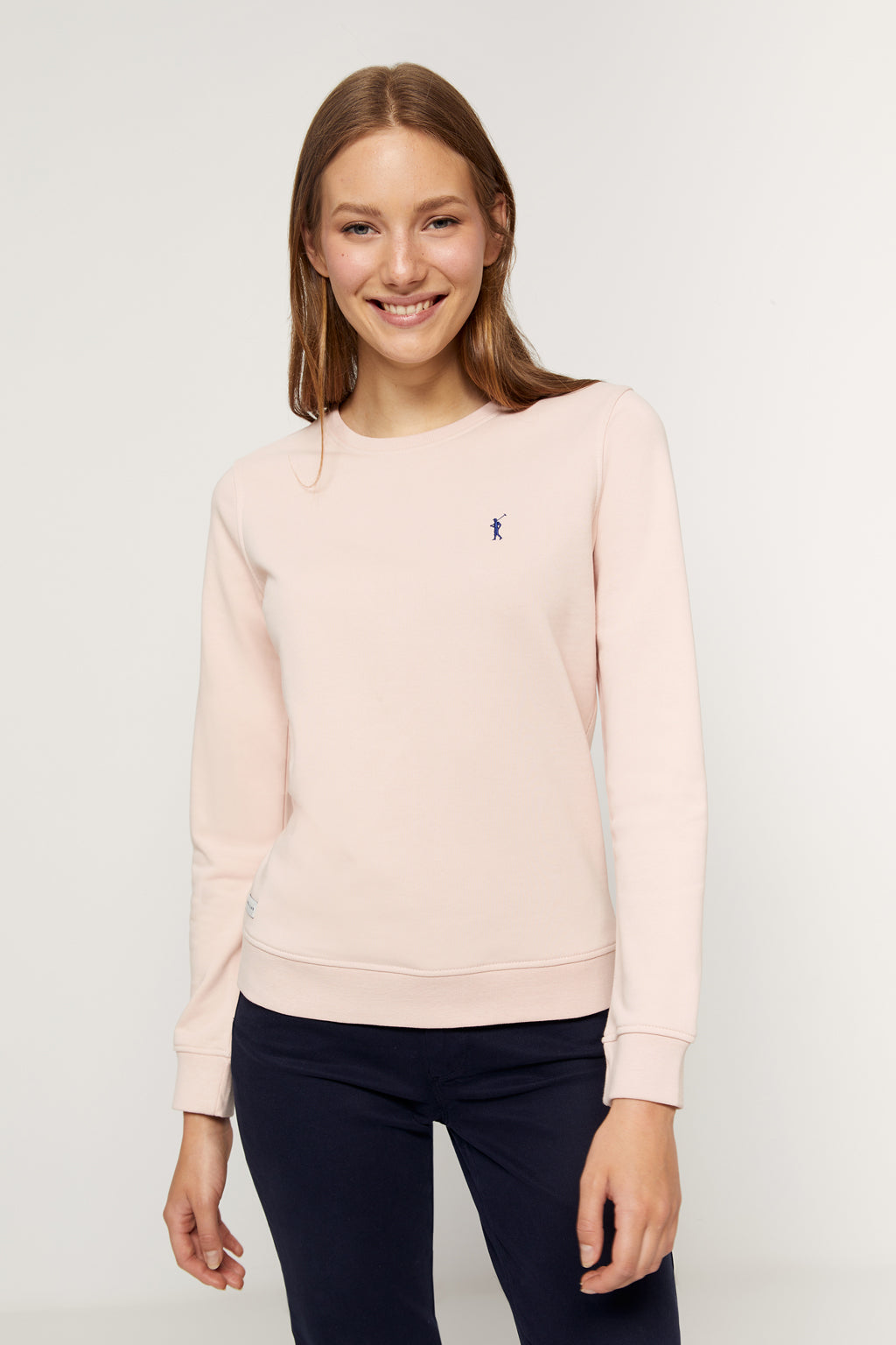 Pastel pink round-neck sweatshirt made from organic cotton