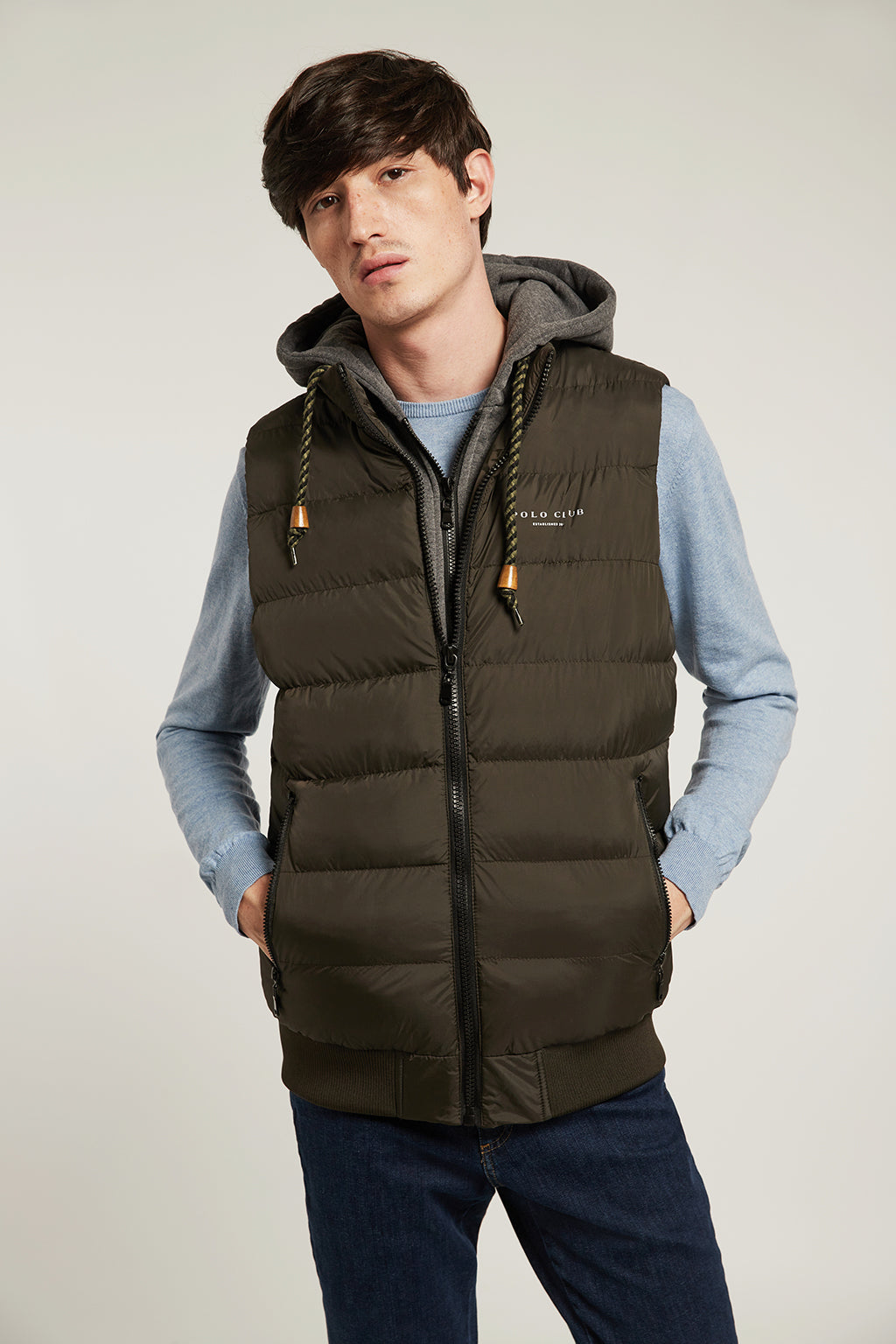 Khaki quilted vest in quilted fabric