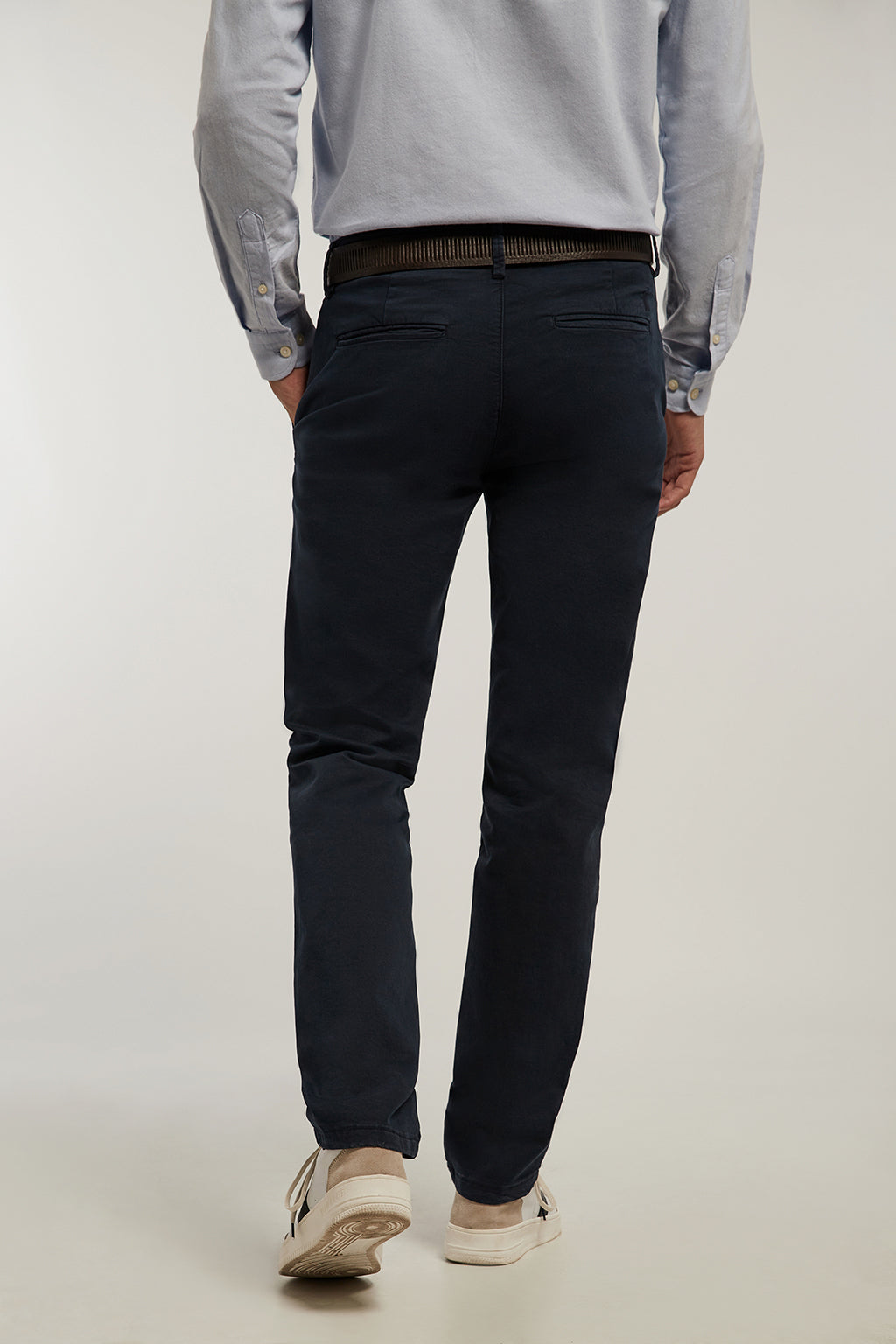 Pantalón chino azul marino custom fit