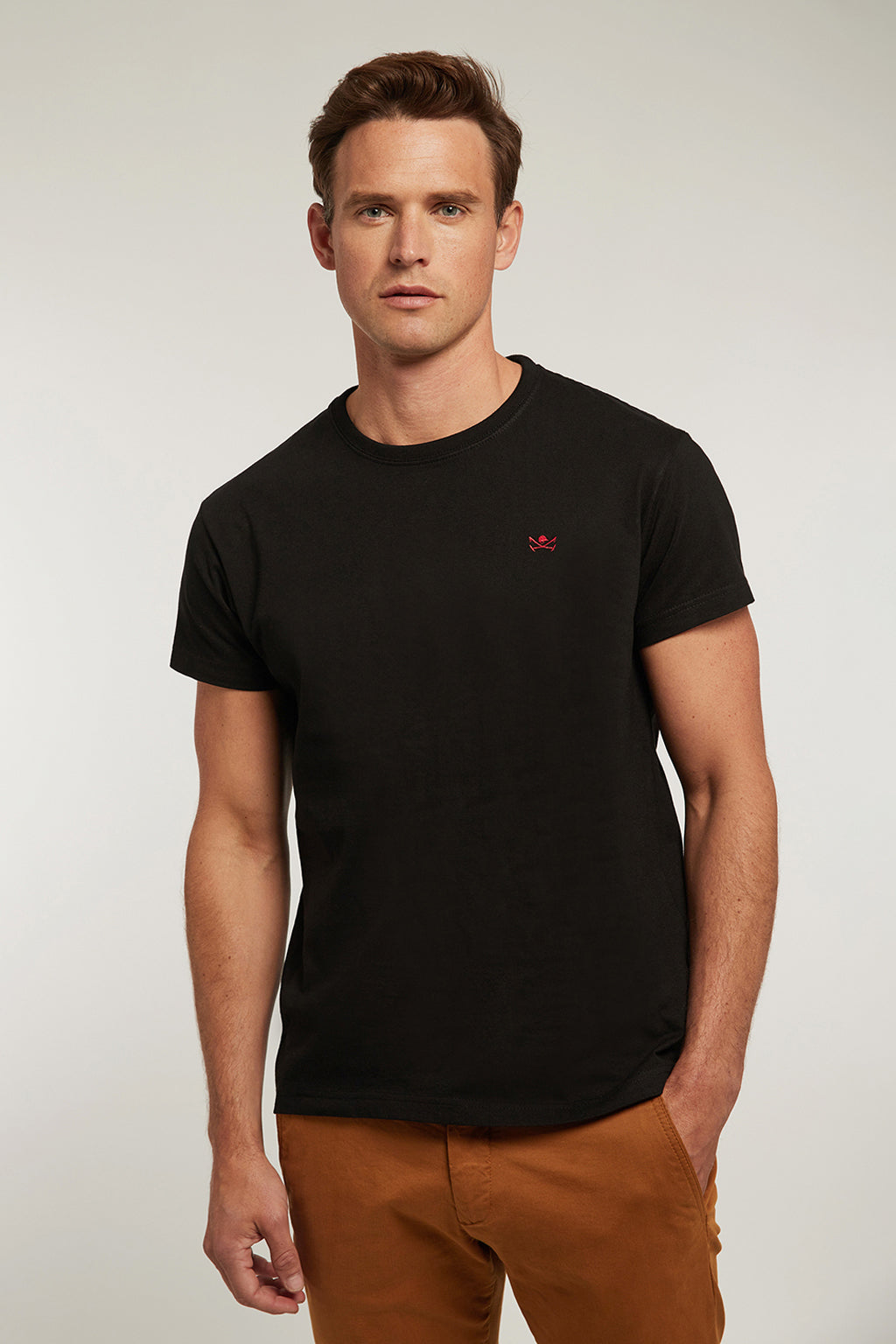 Black custom fit t-shirt with logo
