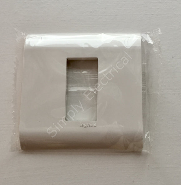 Job lot of Legrand Mosaic Plate for 1 Gang BS Boxes - 75026 - from £2.06/unit