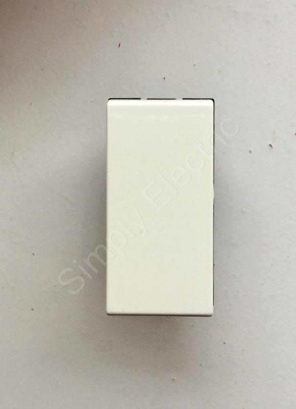 Job lot of Legrand Mosaic Two Way Switch White- 572010 - from £3.06/unit