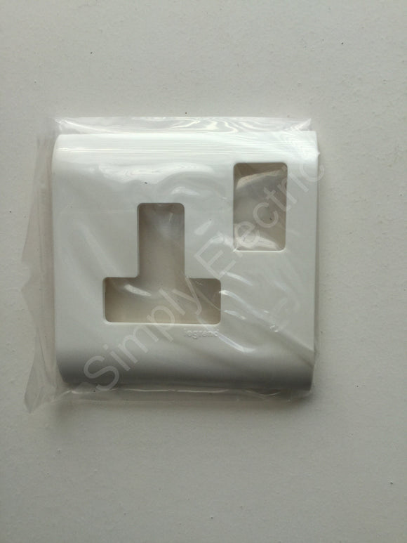Legrand Mosaic Cover Plate for 1 gang Switched Socket - 575090 - from £0.88/unit