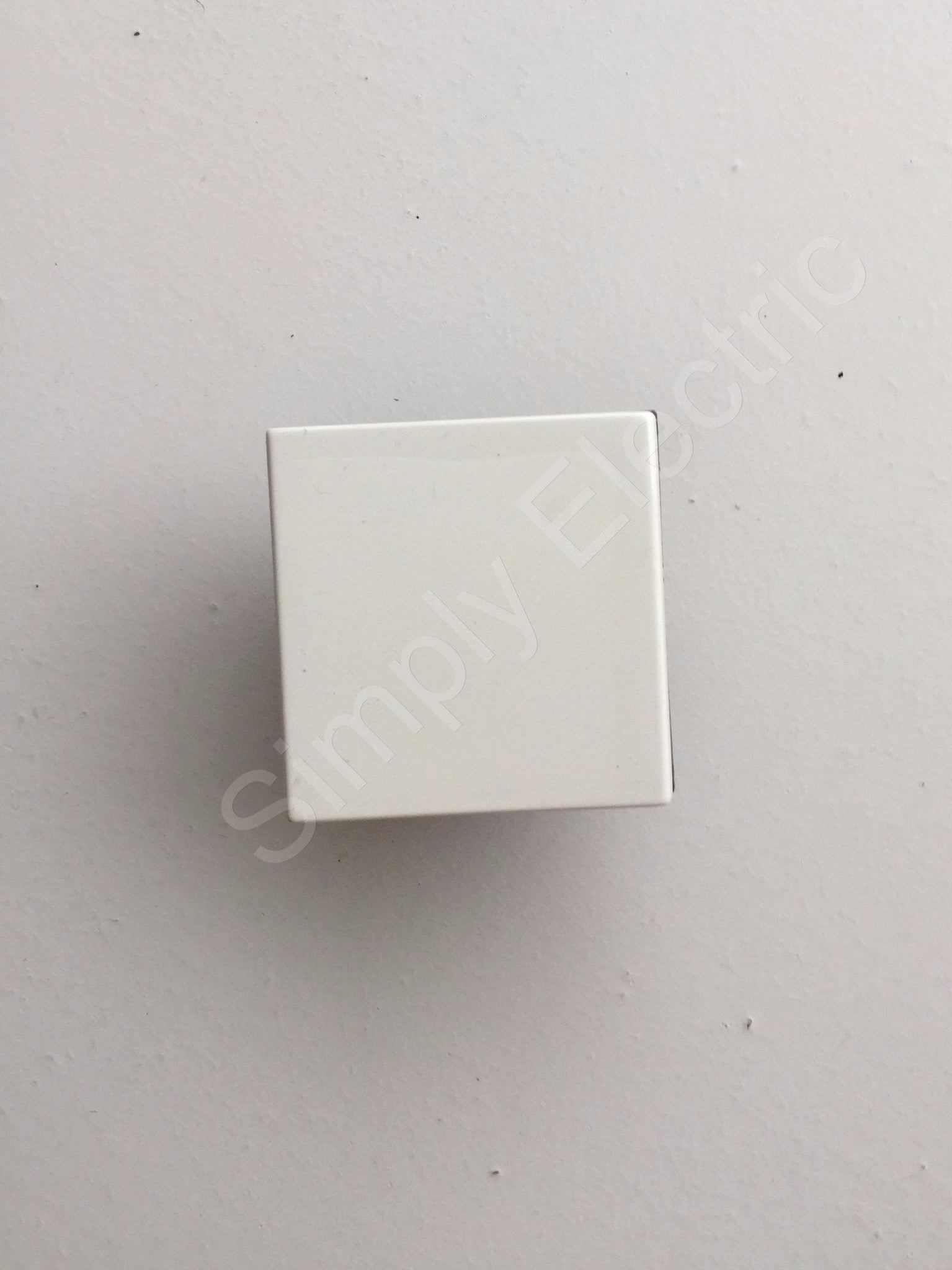 Legrand Two Way Switch 2 Module 10a 250v 572035 From 524 Unit