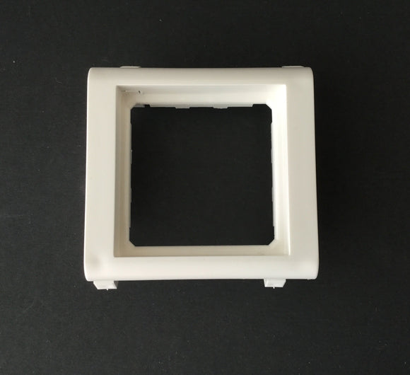 Legrand Mosaic 2M Clipped Support WHITE- 576016 - from £0.98/unit