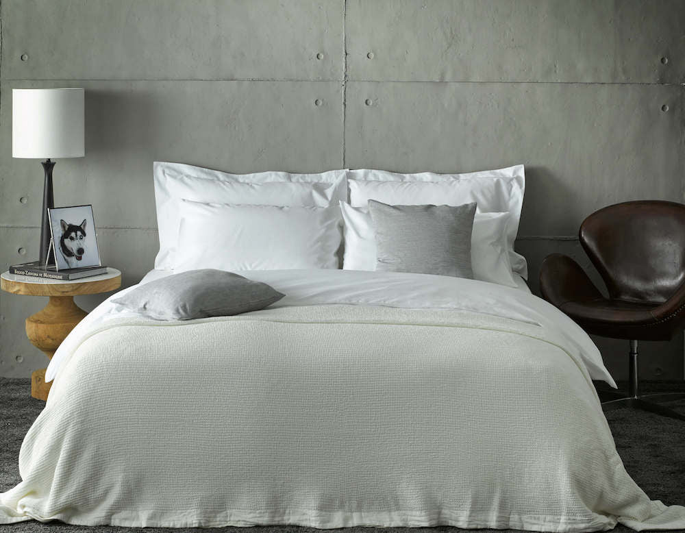 white bed accessories