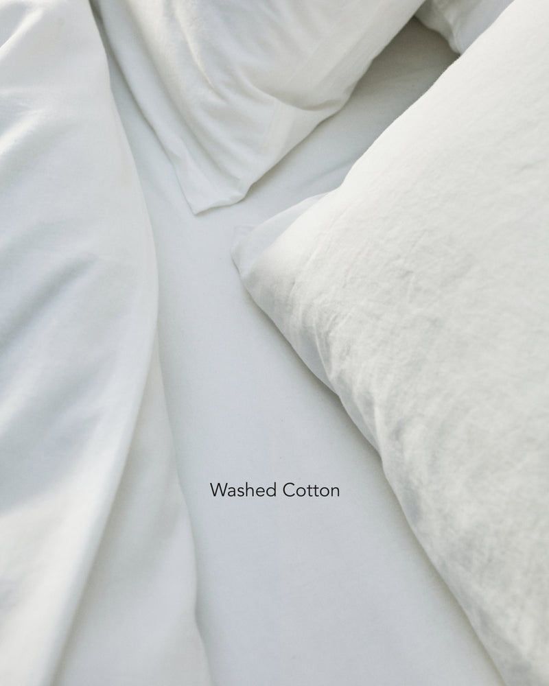 white washed cotton bedding texture