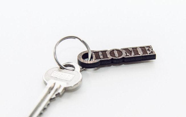 Home keychain - Small wooden gift - Small wood gift - Keyring  - Key ring for her