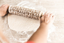 Load image into Gallery viewer, Embossed wood Rolling Pin,Cookie Stamp, Engraved Rolling Pin, Christmas Gifts For Mom