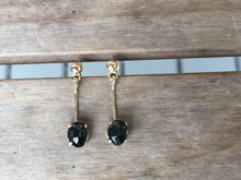 Load image into Gallery viewer, 14ky Sapphire drop earrings
