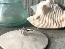 Load image into Gallery viewer, Sterling silver ring with Pakimer quartz
