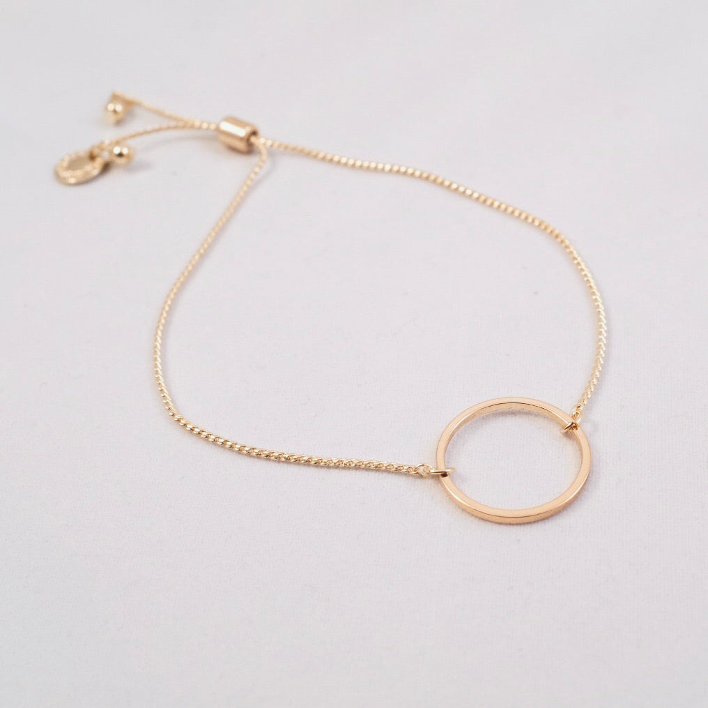 Gold Lottie Delicate Circle Bracelet