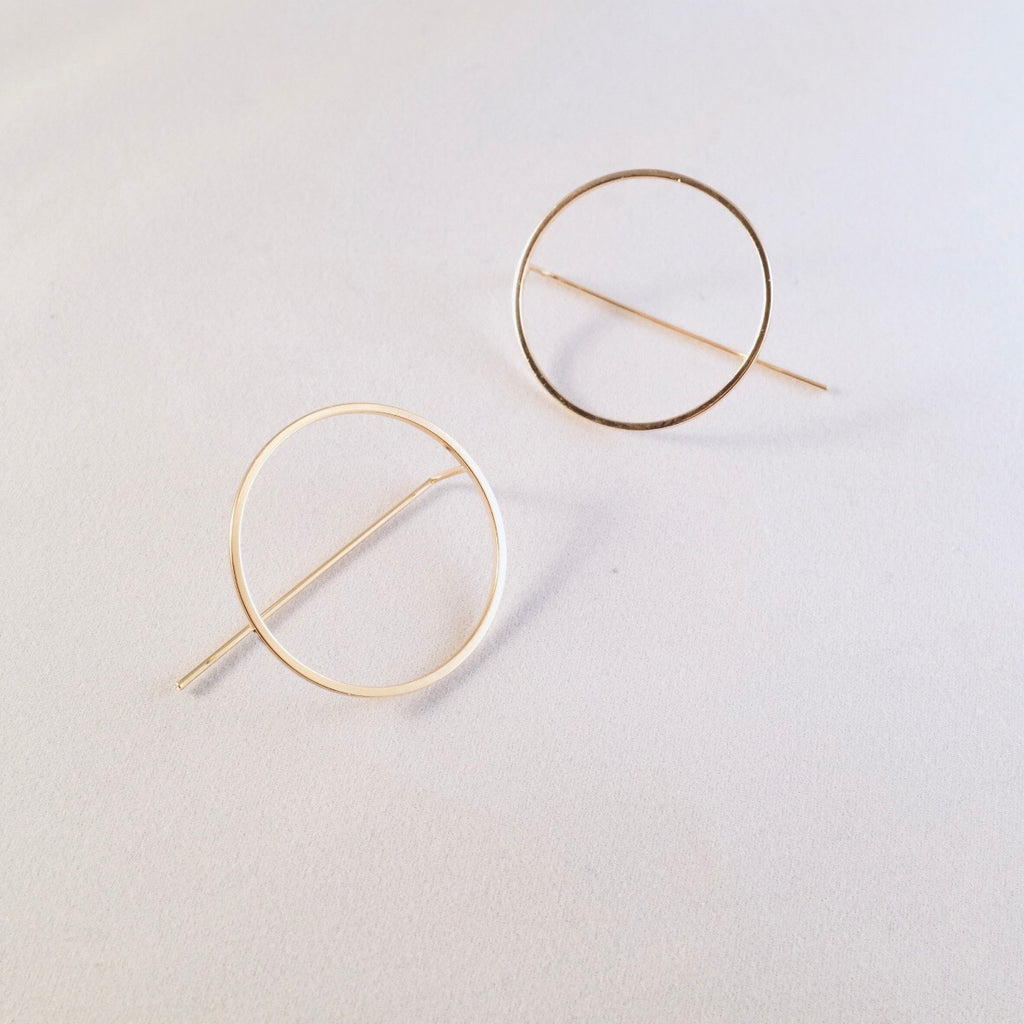 Gold Harper Circle Pull-through Earring
