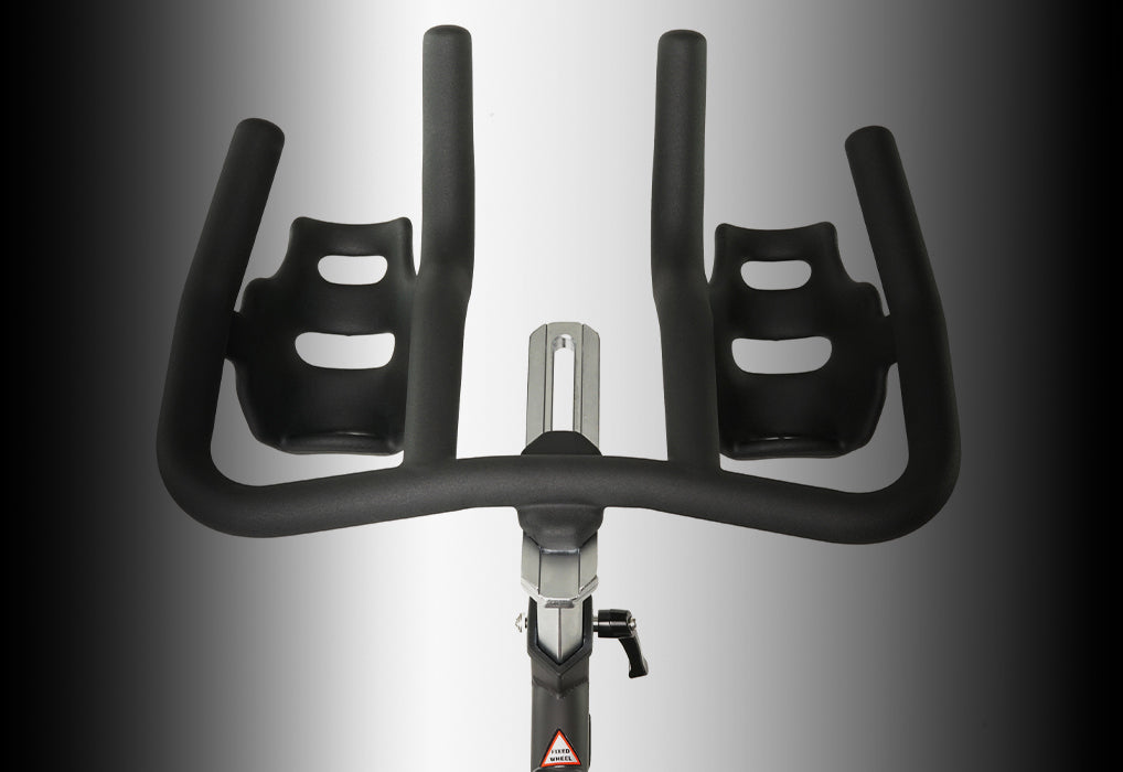 Magnetic exercise bike multi-grip handlebars