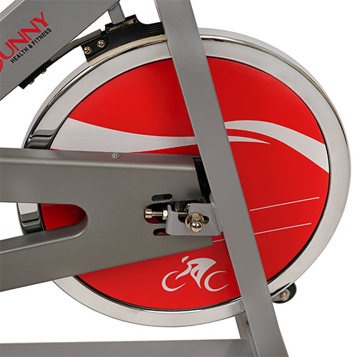 sunny-health-fitness-bikes-chain-drive-indoor-cycling-traine-silver-SF-B1001S-flywheel
