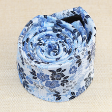 Load image into Gallery viewer, Blue Floral Tie