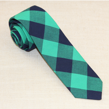 Load image into Gallery viewer, Green Buffalo Tie