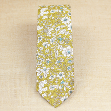 Load image into Gallery viewer, Green Floral Tie