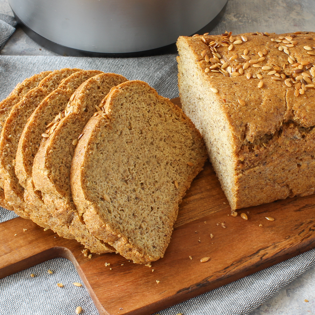 Easy low carb flaxseed blender bread