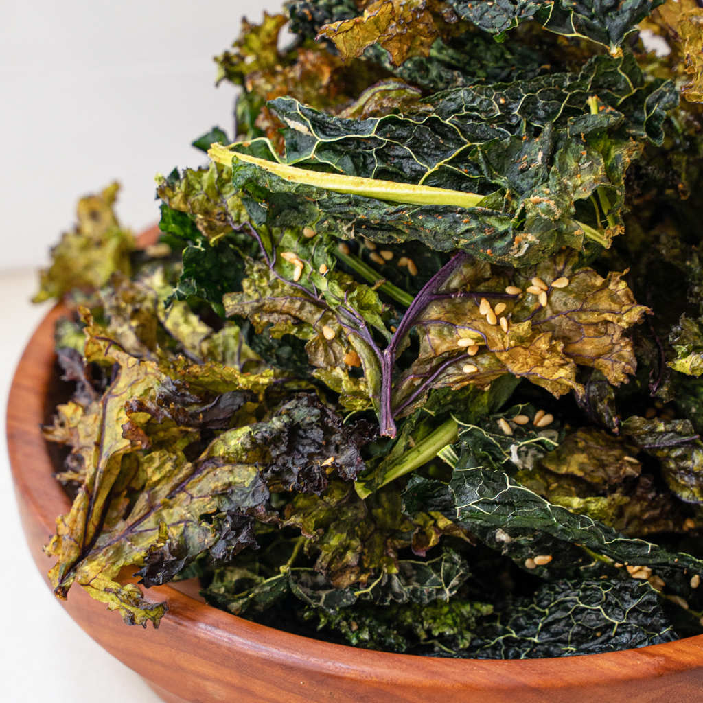 How to make dehydrator crispy kale chips - 3 tasty flavours!