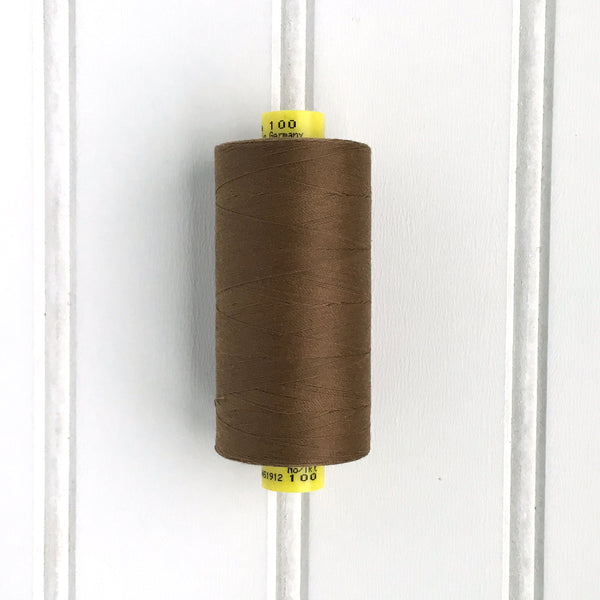 Gutermann Mara 100 Thread in Bronze Brown