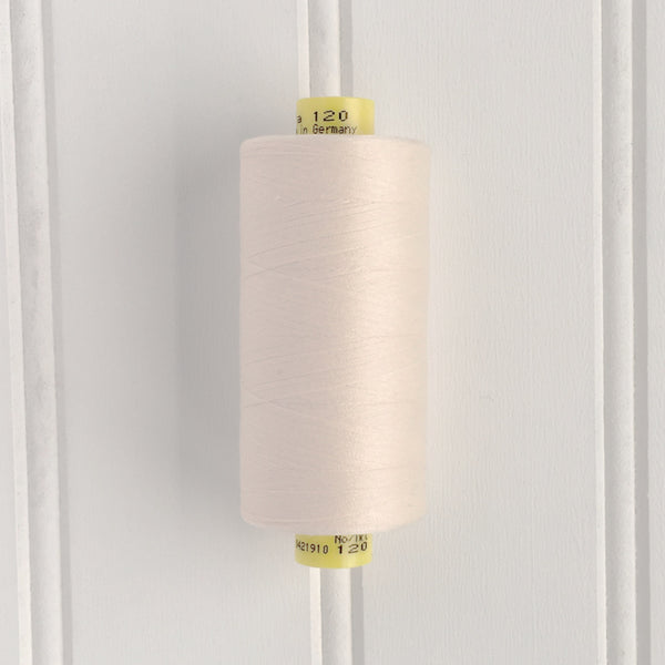spool of gutermann mara 120 sewing thread in marshmallow